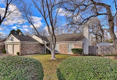 2311 Holly Drive Euless TX 76039