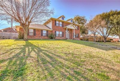 23 Cliffside Drive Edgecliff Village TX 76134