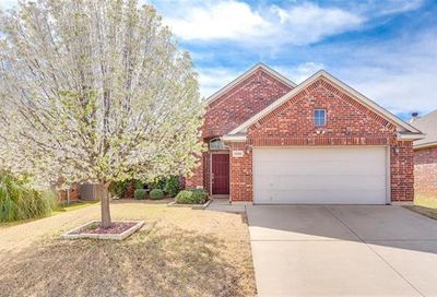 1216 Brownford Drive Fort Worth TX 76028