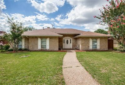 632 Stillmeadow Drive Richardson TX 75081