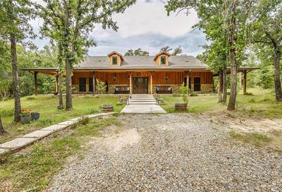 189 County Road 3855 Poolville TX 76487