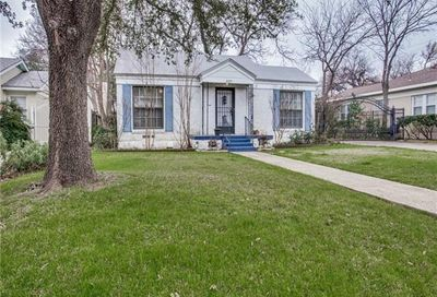 2125 Weatherbee Street Fort Worth TX 76110