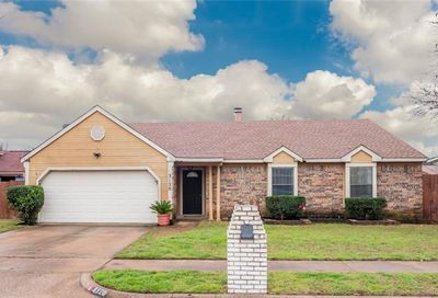 3120 Manchester Circle Bedford TX 76021