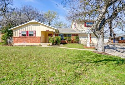 1532 Shilling Drive Fort Worth TX 76103