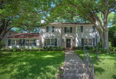 1420 Thomas Place Fort Worth TX 76107