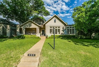 404 Virginia Place Fort Worth TX 76107