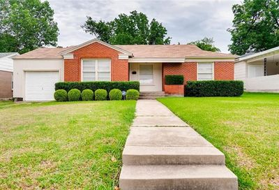 2817 Ryan Place Drive Fort Worth TX 76110