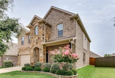 5305 Bluewater Drive Frisco TX 75034