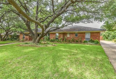 6612 Kingswood Drive Fort Worth TX 76133