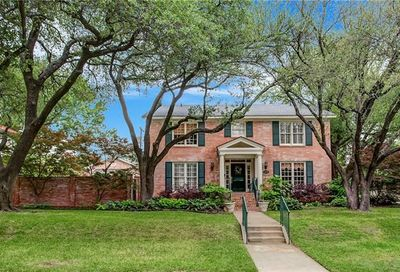 1200 Thomas Place Fort Worth TX 76107