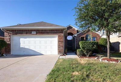 1205 Kachina Lane Fort Worth TX 76052