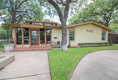 6201 Dovenshire Terrace Fort Worth TX 76112