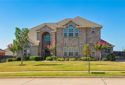 1209 Clearbrook Drive Kennedale TX 76060