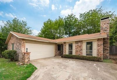 3201 Willow Bend Bedford TX 76021