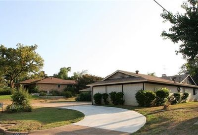 504 Candlewood Road Fort Worth TX 76103