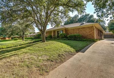7004 Winchester Place Fort Worth TX 76133