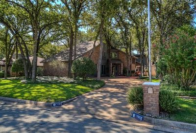 1918 Royalwood Drive Arlington TX 76006