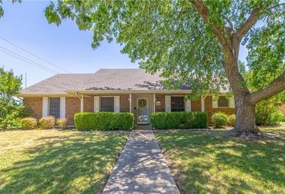 3204 Canyon Valley Trail Plano TX 75075
