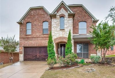 1004 Coyote Drive Euless TX 76040