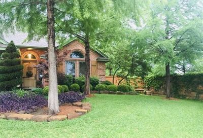2600 Bent Tree Drive Hurst TX 76054