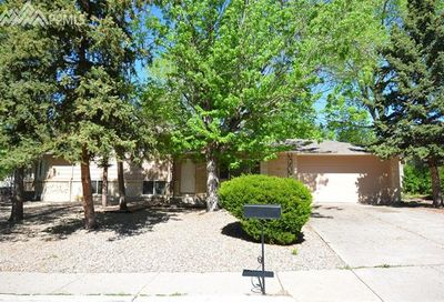 4902 Crestwood Drive Colorado Springs CO 80918