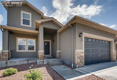 7407 Dutch Loop Colorado Springs CO 80925