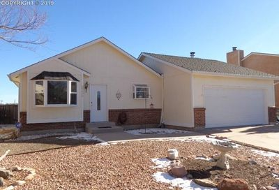 2335 Heathercrest Drive Colorado Springs CO 80915
