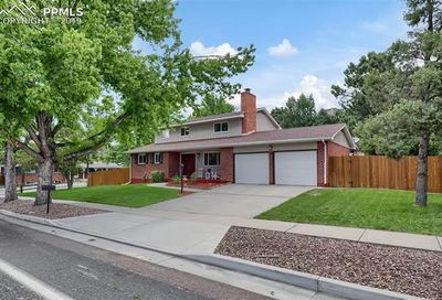 2702 Flintridge Drive Colorado Springs CO 80918