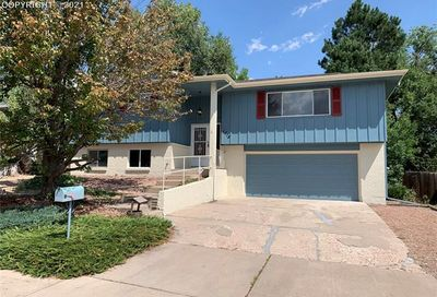 1713 Russell Circle Colorado Springs CO 80915