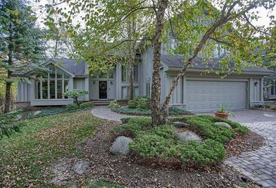 6903 Daventry Woods Drive West Bloomfield Twp MI 48322