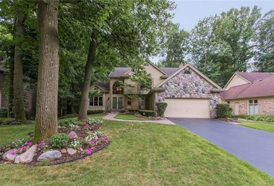 6143 Mission Drive West Bloomfield Twp MI 48324