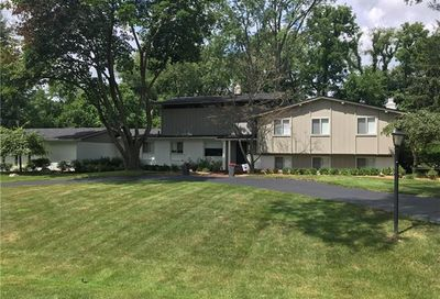 6764 W Knollwood Circle West Bloomfield Twp MI 48322