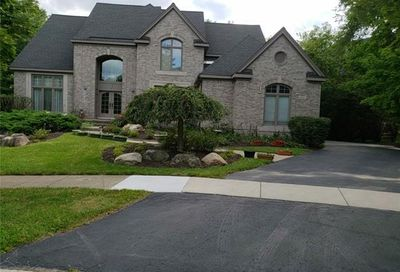 6642 Carlyle Court West Bloomfield Twp MI 48322