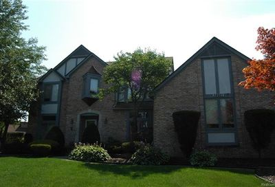 38661 Mystic Court Farmington Hills MI 48331