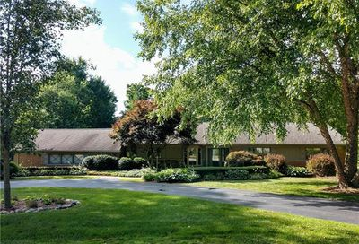 4155 Valley Forge Road Bloomfield Twp MI 48301