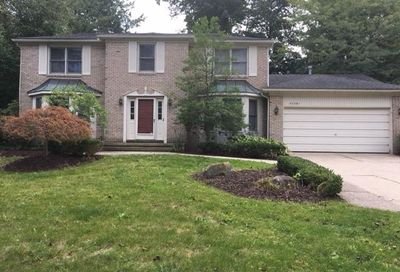 37581 Emerald Forest Drive Farmington Hills MI 48331