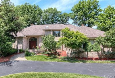 362 Sycamore Court Bloomfield Twp MI 48302