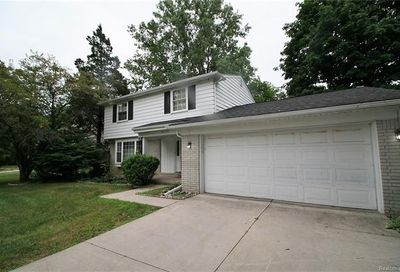 29339 Geraldine Court Farmington Hills MI 48336
