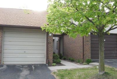 6600 Ridgefield Circle West Bloomfield Twp MI 48322