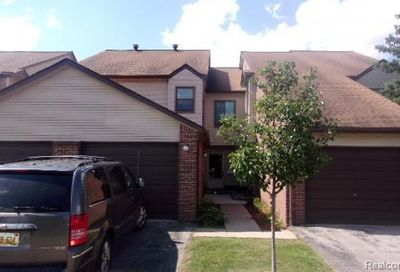6689 Ridgefield Circle West Bloomfield Twp MI 48322