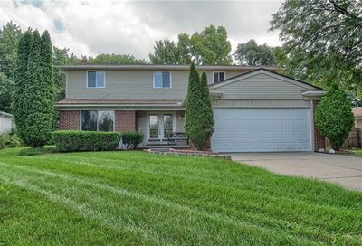 6581 Beverly Crest Drive West Bloomfield Twp MI 48322