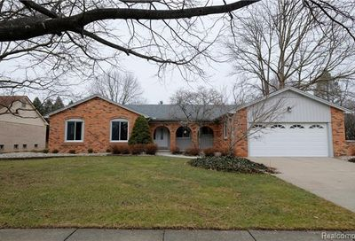 45164 Riveredge Drive Plymouth Twp MI 48170