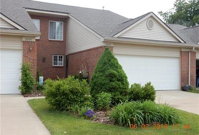 2259 Crystal Crossing Drive Howell MI 48843
