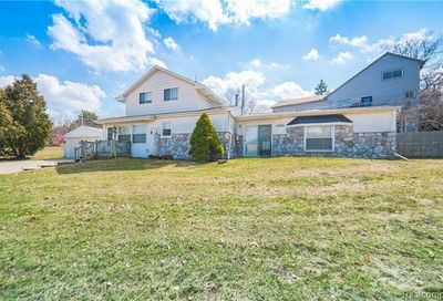 4959 Lakeview Boulevard Independence Twp MI 48348