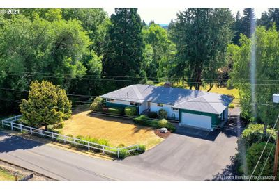 58054 FISHER LN St. Helens OR 97051