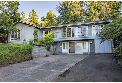 1920 W 24TH AVE Eugene OR 97405