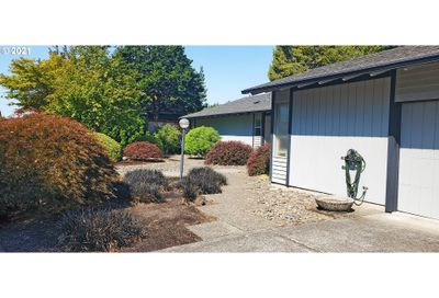 9675 SW IMPERIAL DR Portland OR 97225