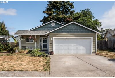 490 RAVEN WOOD CT St. Helens OR 97051