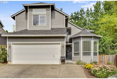 2305 SW QUINAULT CT Portland OR 97219