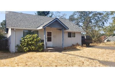 391 N 2ND ST St. Helens OR 97051